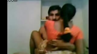 Indian Saree Babhi Sex at Friends Home
