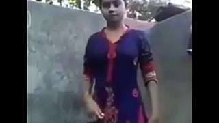 girlfriend dress change selfie video