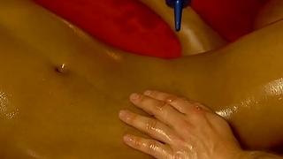 Intimate Body Massage Lovers