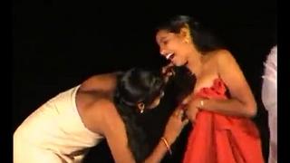 dance 2 vellage girls