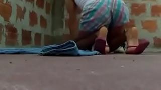 Delhi school girl fuck by padosi on terrace